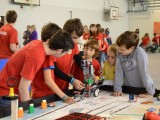 FLL-Tekma robotov Roosterji delijo znanje